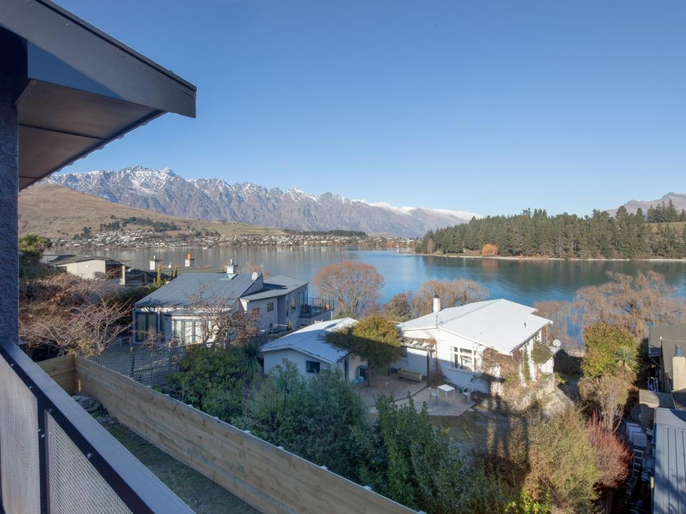 12 The Terrace, Queenstown