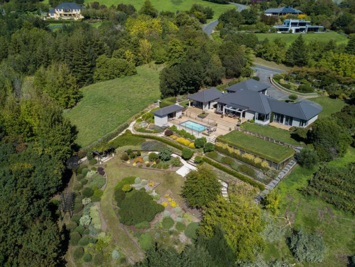 87 Enfield Drive, Havelock North