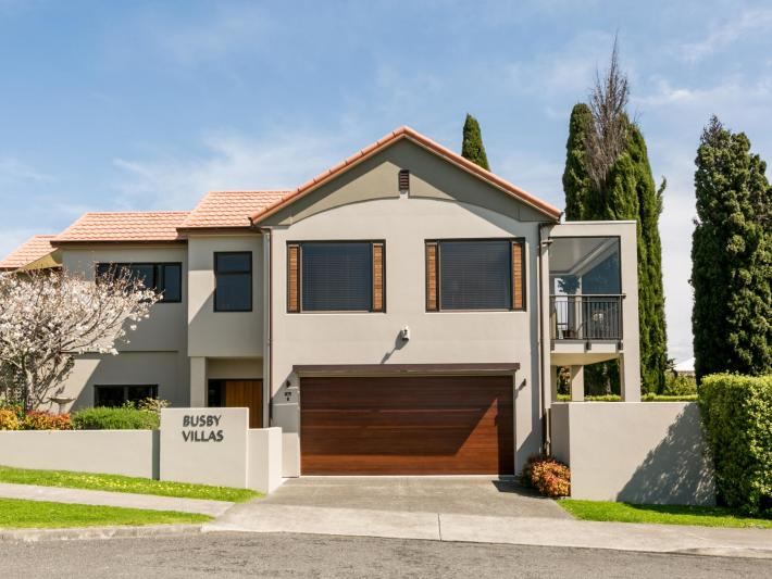 1/14a Busby Hill, Havelock North