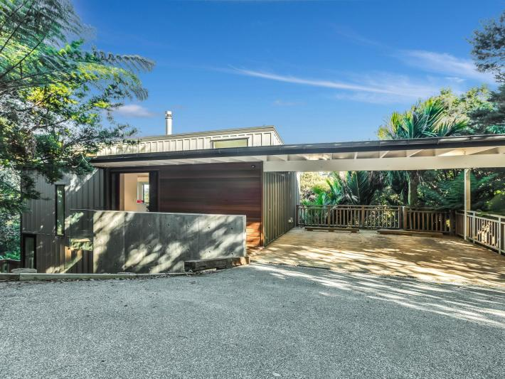 72 Crescent Road West, Palm Beach