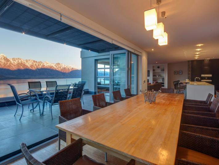 6 Lordens Place, Aspen Grove