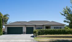 4 Russell Robertson Drive